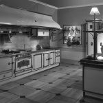 Кухни из латуни меди и нержавеющей стали