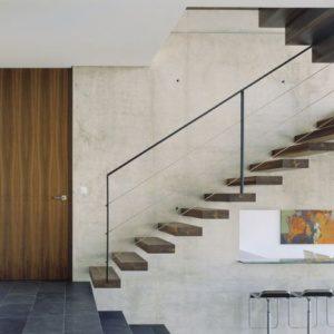 Дизайн лестницы в домах и квартирах