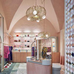 Кристина Челестино спроектировала бутик Pink Closet