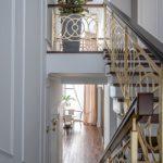 Ажурная лестница в подмосковную частную резиденцию
