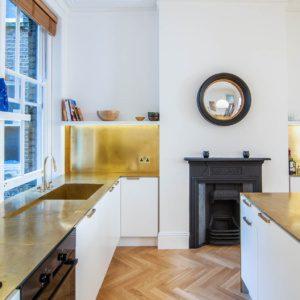 Слияние кухни и жилого пространства