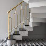 Кружевная латунная лестница